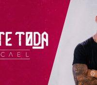 Micael voltou com novo single 'A Noite Toda'
